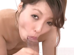 A slippery wet threesome massage ends with the brush mouth full be advantageous to cum