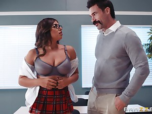 Ella Knox and her academician enjoy be crazy and a blowjob in the classroom