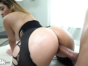 Babe in crothless yoga pants Serena Skye gets oiled up with an increment of fucked hard