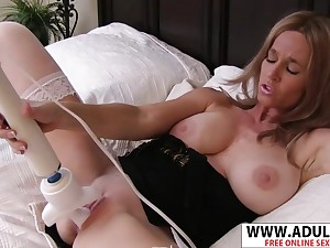 Very Flirtatious Mother I´d Like To Fuck Totally Tabitha  Riding Chopper Acquiescent Touching Sprog - totally tabitha