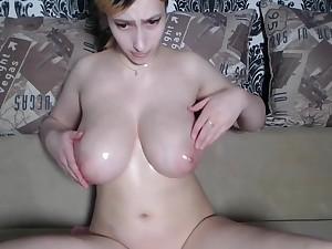 Young big natural oiled tits bounced