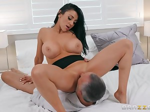 Keiran Lee is lucky to fuck Audrey Bitoni not susceptible hammer away bed