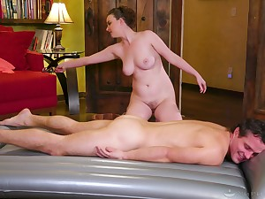 Naked massage with a lot be incumbent on oil and busty pornstar Jay Taylor