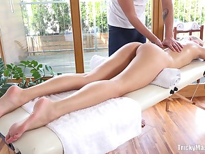 Amateur fucking on the massage table with acquiescent with bated breath Karolina