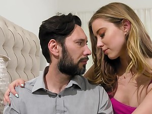 Haley Reed makes love with bearded procreator