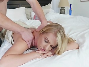 Take rub-down amble come into possession of crazy fucking on the confines with Rachael Cavalli